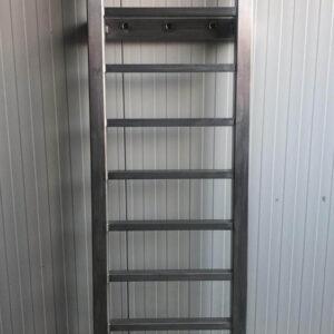 Aluminium zwemtrap of veiligheidsladder op maat voor u gemaakt.